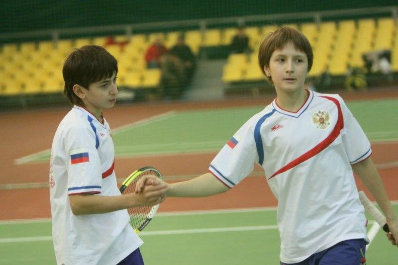 Ален Авидзба и Алексей Захаров в игре