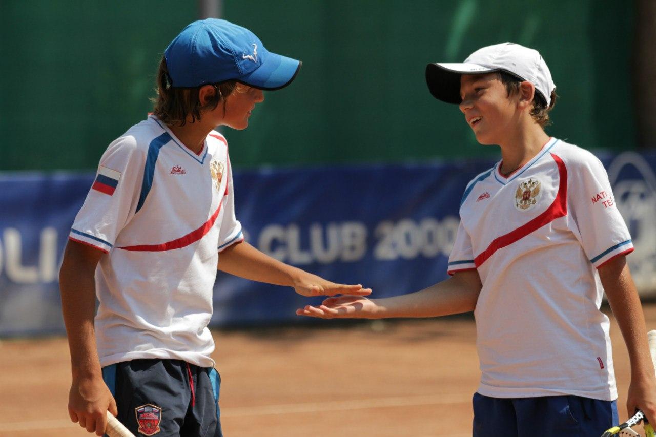 В раунде Play Off наша команда обыграла команду Венгрии и заняла 1 место в своей группе