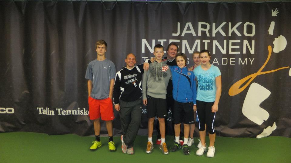 Неделя тенниса в Академии Jarkko Nieminen