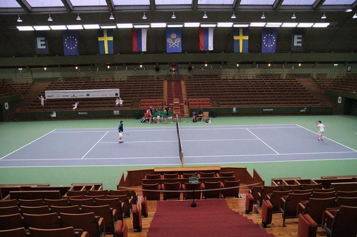 Королевский теннисный клуб
