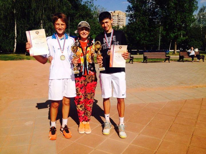 Алексей Захаров с Аленом Авидзба и его тренером Зининой  Т.В.