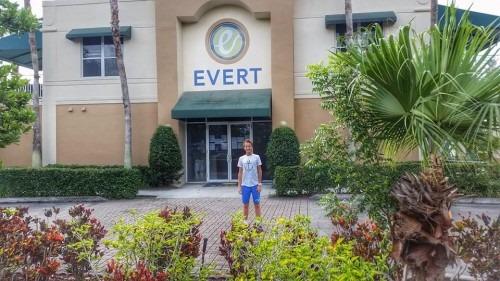 С 17 по 21 ноября я тренировался в Академии Эверт, в городе Boca Raton (штат Флорида). Это была моя первая поездка в США.