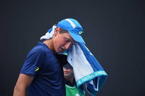 Алексей Захаров на Юниорском Australia Open, который проходил в Мельбурне с 21 по 27 января 2017 года.