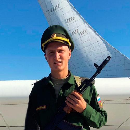 Теперь я служу в армии. Принятие присяги состоялось в Олимпийском парке Medals Plaza в Сочи.